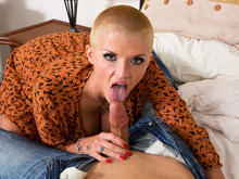 Joslyn James & Giovanni Francesco in My Friends Hot Mom