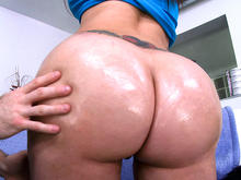 First time girl shooting porn has the biggest most amazing ass ever