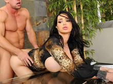 amy anderssen shower