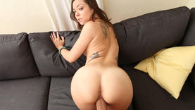 tatooed brunette whore blowing cock