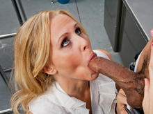 Julia Ann & Ethan Hunt in My First Sex Teacher