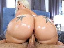 Ashley Barbie�™s Massive Ass