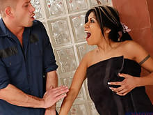 Hot Mom Gabby Quinteros Muff Needs A Clogging